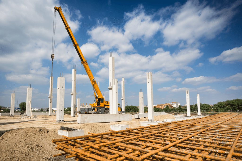 Crane Rental Services in Kansas | Woofter Construction